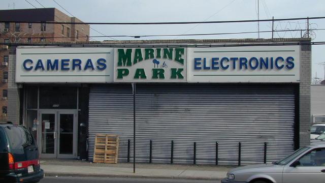 Photo: 33, Album: Brooklyn Camera/Electronic Dealer StoreFronts
